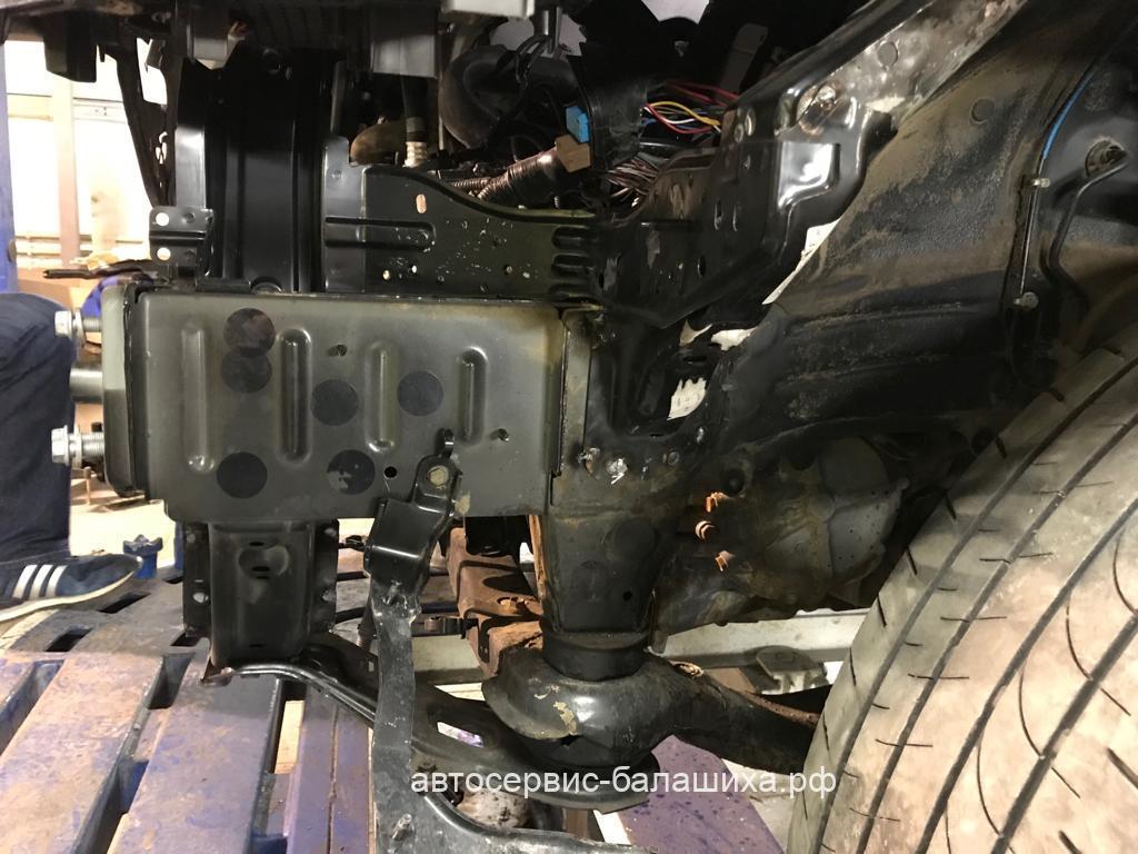 Кузовной ремонт Lexus RX350 2015 год.