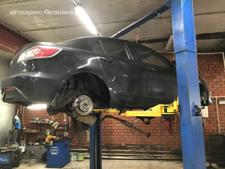 Mazda3 антикоррозийная обработка днища и установка подкрылков