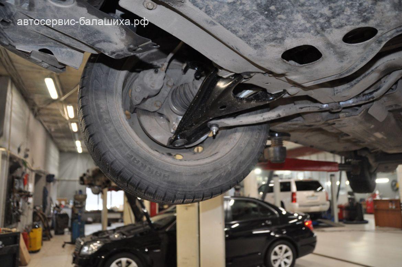 ТО и ремонт подвески Renault Logan 2011 1.4л
