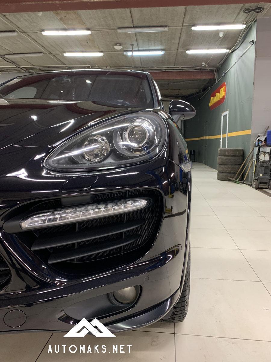 Porsche Cayenne 2014 4,2л кузовной ремонт