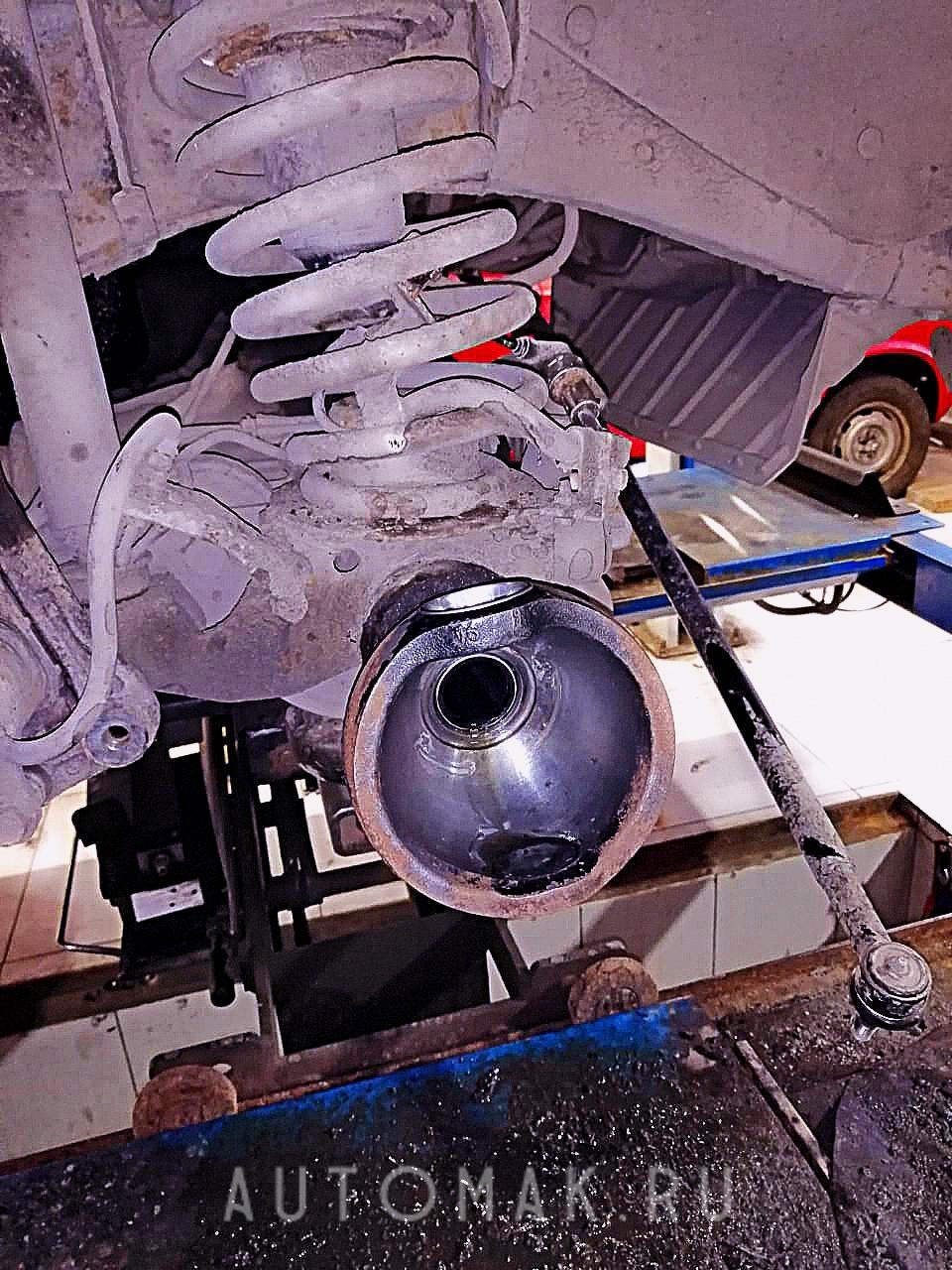 Nissan Patrol 2001 3.0 ремонт тормозной системы