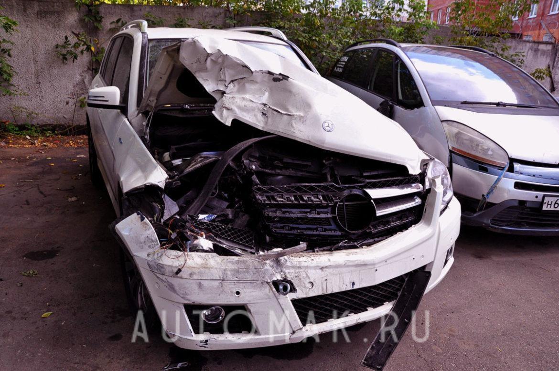 Mercedes GLK X204 2011 сложный кузовной ремонт